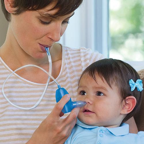 Как промывать нос ребенку грудному