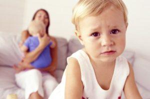 Недостаток материнского внимания
