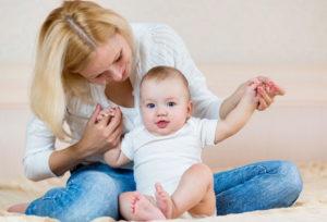 Присаживание малыша